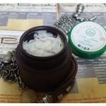 """Маска-скраб для лица активно очищающая и обновляющая кожу с растительным скваленом и маслом карите Juniya """"Волшебница"""", 50 мл"""