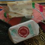 Кафрунское розовое мыло с розой дамасской сорта Казанлик Kafrun Damascus Rosa